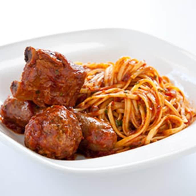 Hearty Italian Meat Sauce (Sunday Gravy)