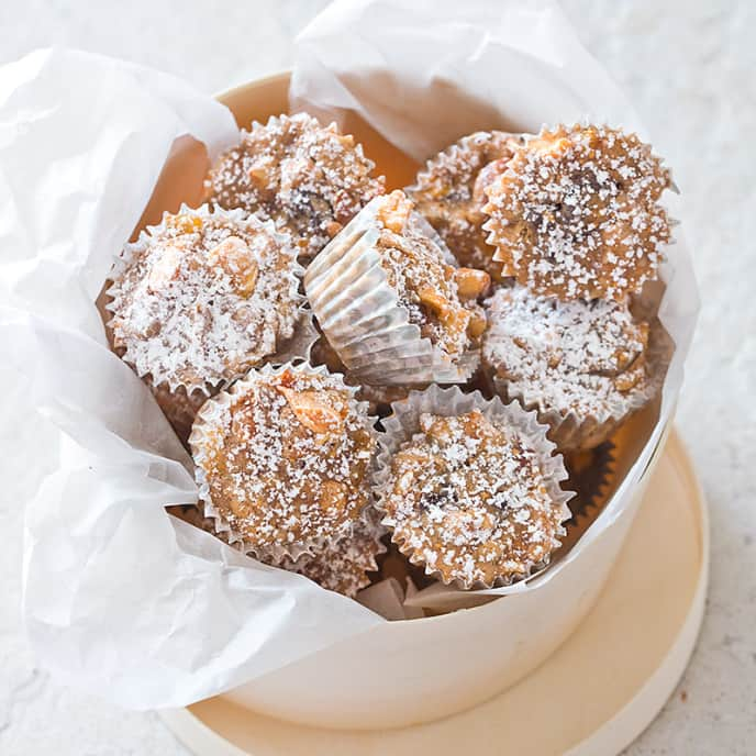 Almond-Scented Mixed Dried Fruit Bites