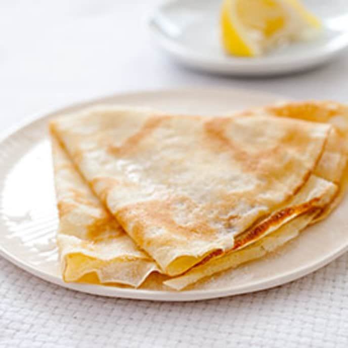 Crêpes with Dulce de Leche and Toasted Pecans