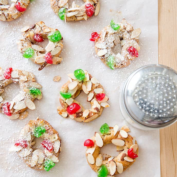 Almond Spice Christmas Wreath Cookies