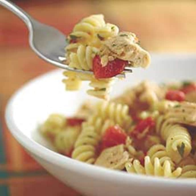 Pasta and Garlic-Lemon Tuna Sauce with Capers and Parsley