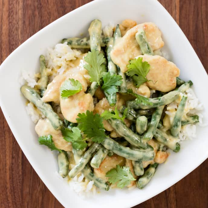 Green Curry Chicken with Green Beans