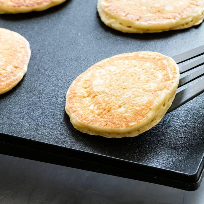 Featherweight Pancakes