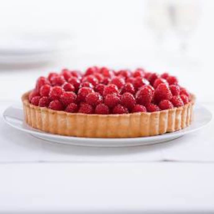 Classic Fresh Fruit Tart with Pastry Cream