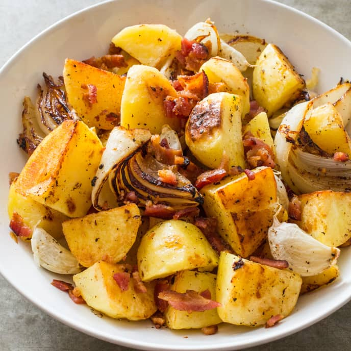 Roasted Potatoes with Onion, Bacon, and Thyme