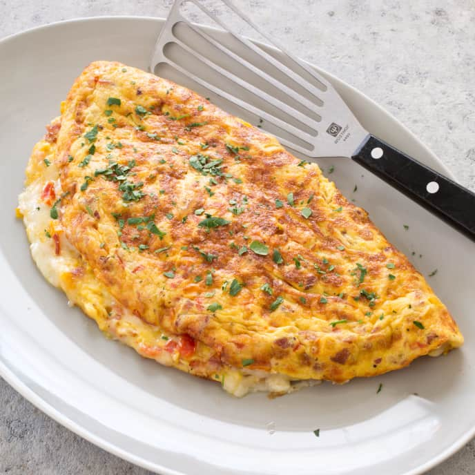 Family-Sized Cheese Omelet