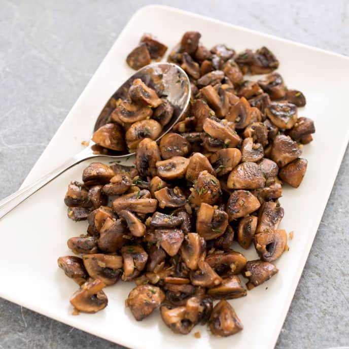 Sauteed Mushrooms with Shallots and Thyme