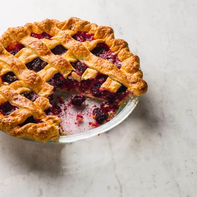 Oregon Blackberry Pie