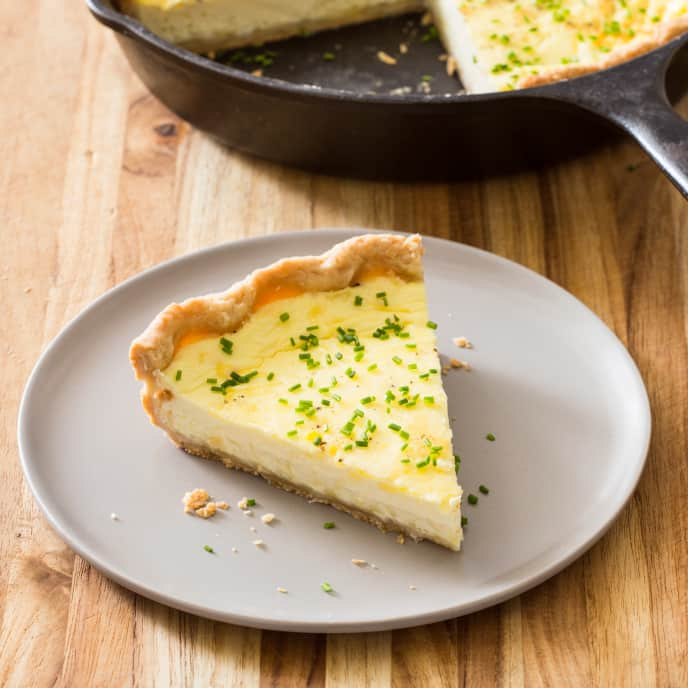 Cast Iron Simple Cheese Quiche