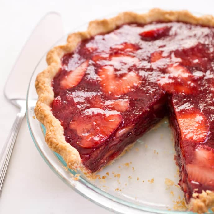Diner-Style Fresh Strawberry Pie