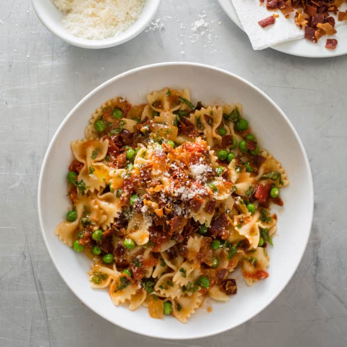 Farfalle with Crispy Prosciutto and Peas
