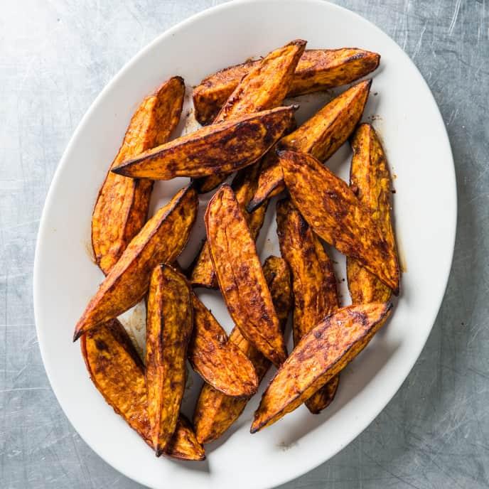Cinnamon-Sugar Roasted Sweet Potato Wedges