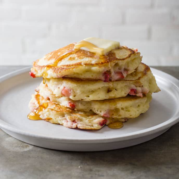 Strawberry-Vanilla Pancakes