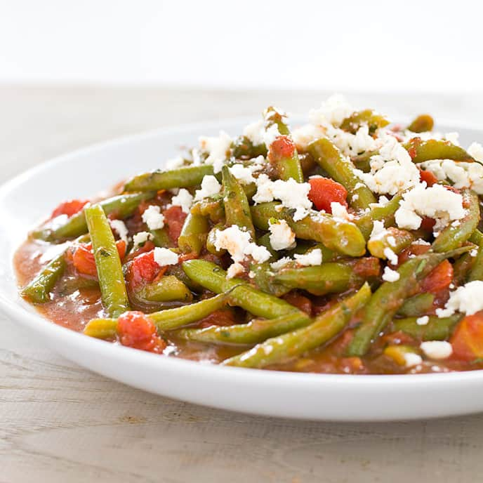 Mediterranean Braised Green Beans with Mint and Feta Cheese