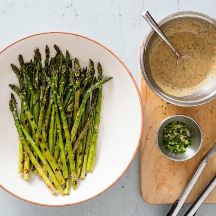 Asparagus with Peanut Sauce