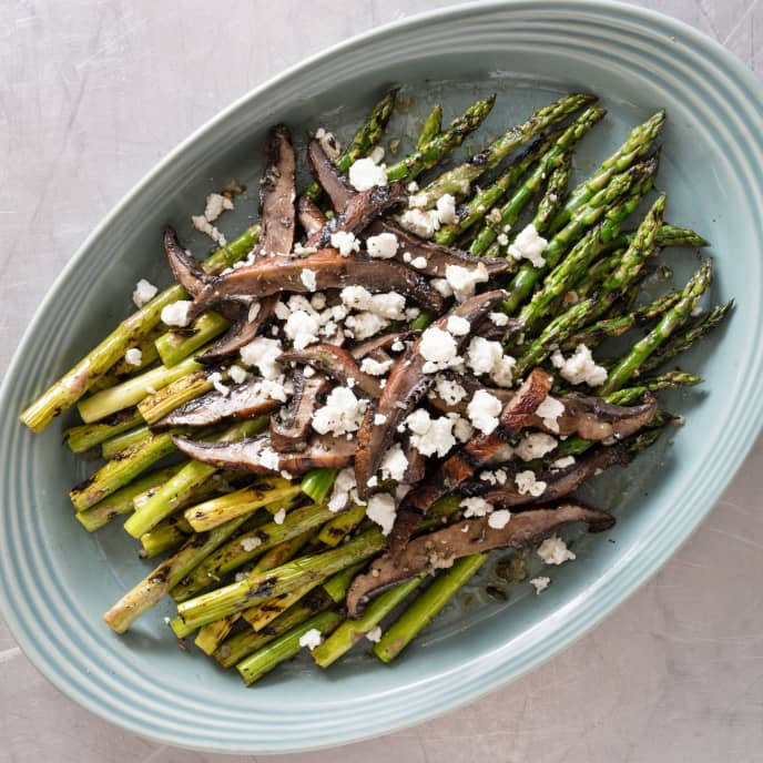 Asparagus and Portobello Mushrooms with Goat Cheese