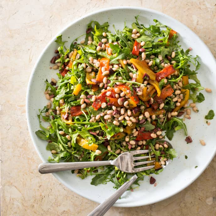 Arugula, Roasted Bell Pepper, and White Bean Salad