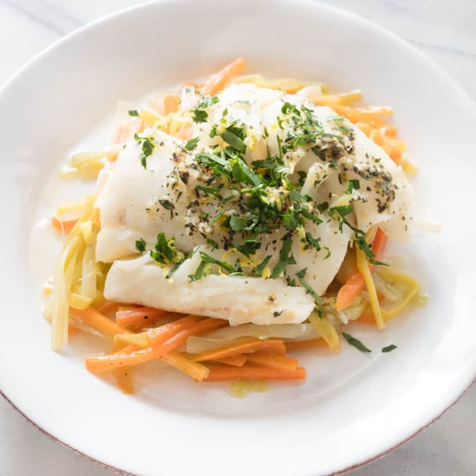 Paleo Cod Baked in Foil with Leeks and Carrots