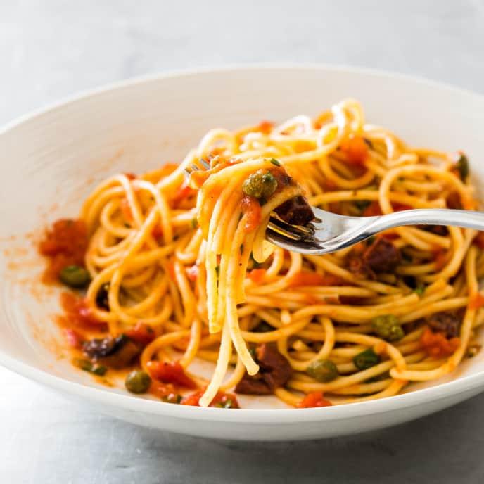 Fresh Tomato Puttanesca Sauce