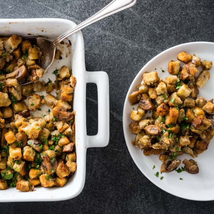 Simple Holiday Stuffing with Mushrooms and Herbs