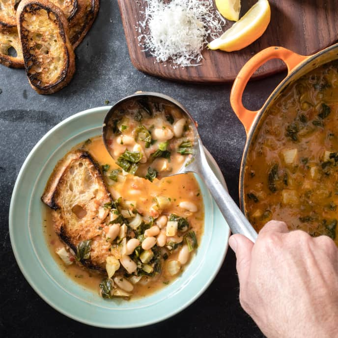 Tuscan White Bean and Escarole Soup (Acquacotta)