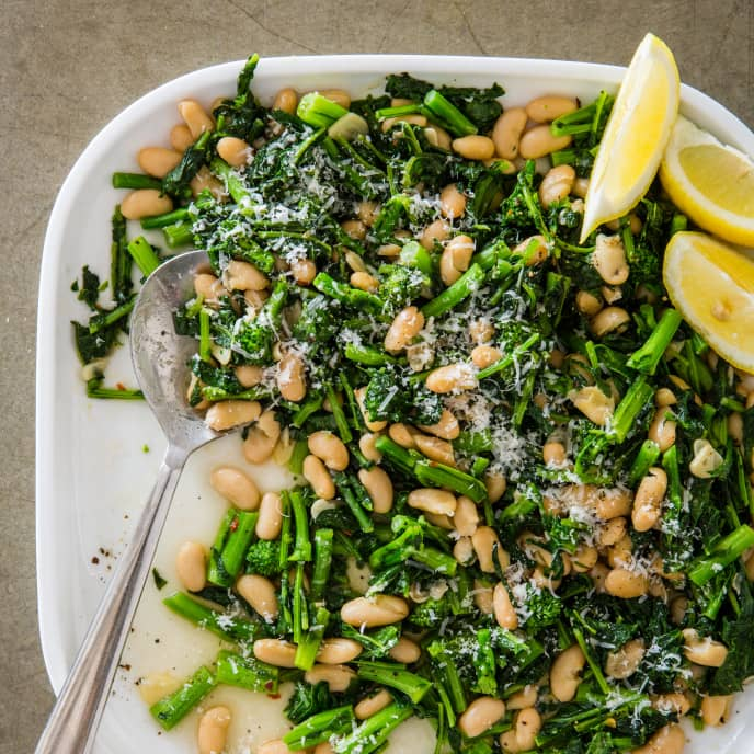 Broccoli Rabe with White Beans