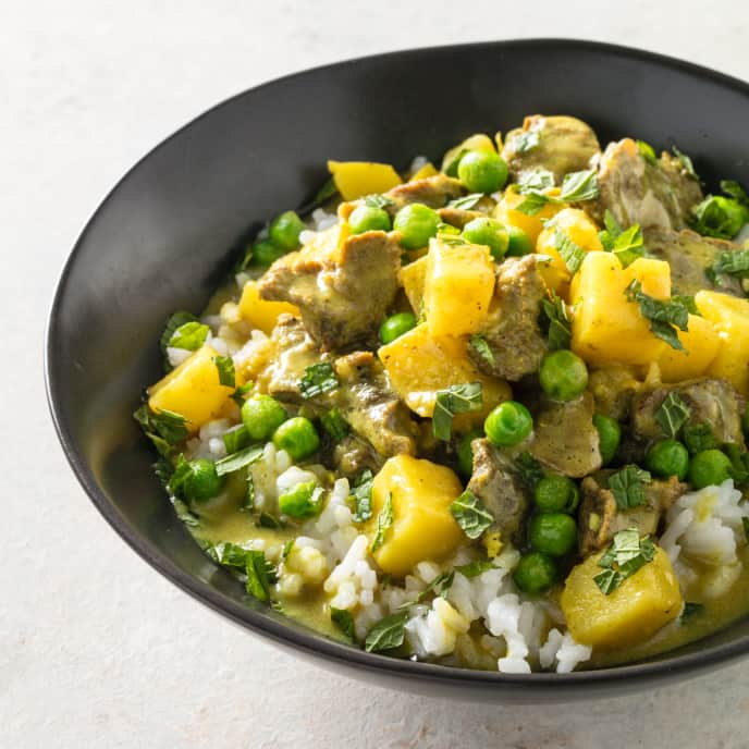 Steak and Potato Curry with Peas