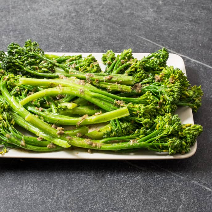 Pan-Steamed Broccolini with Lemon and Capers