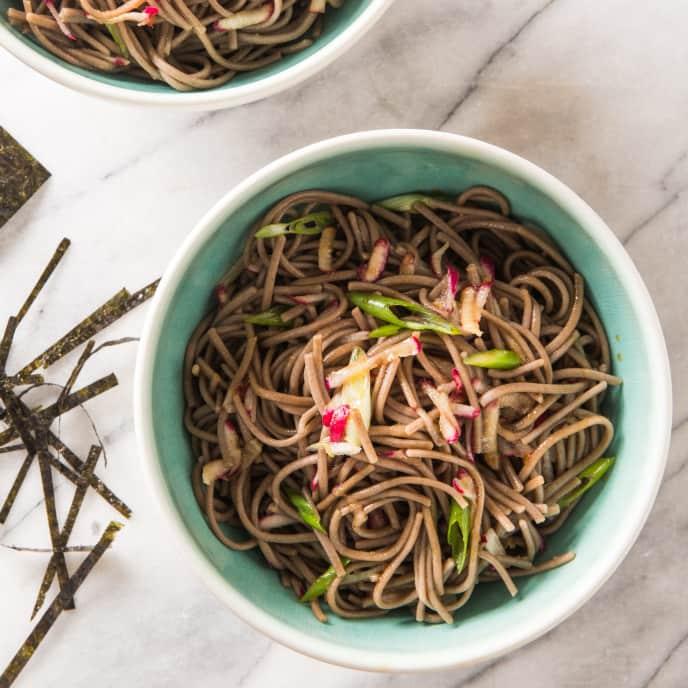 Cold Soba Noodle Salad (Zaru Soba)