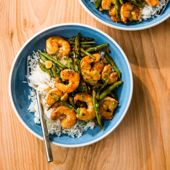 Shrimp and Green Bean Stir-Fry for Two
