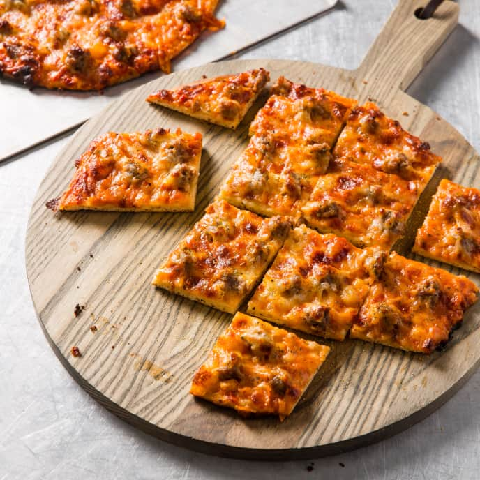 Chicago Thin-Crust Pizza