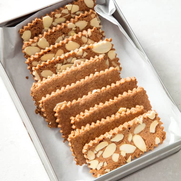 Belgian Spice Cookies (Speculoos) with Almonds