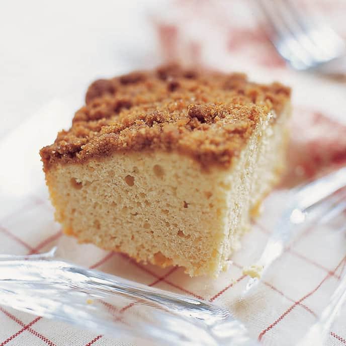Reduced-Fat Crumb Coffee Cake