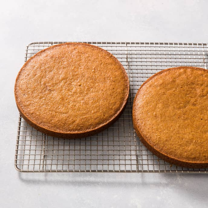Applesauce Cake Layers