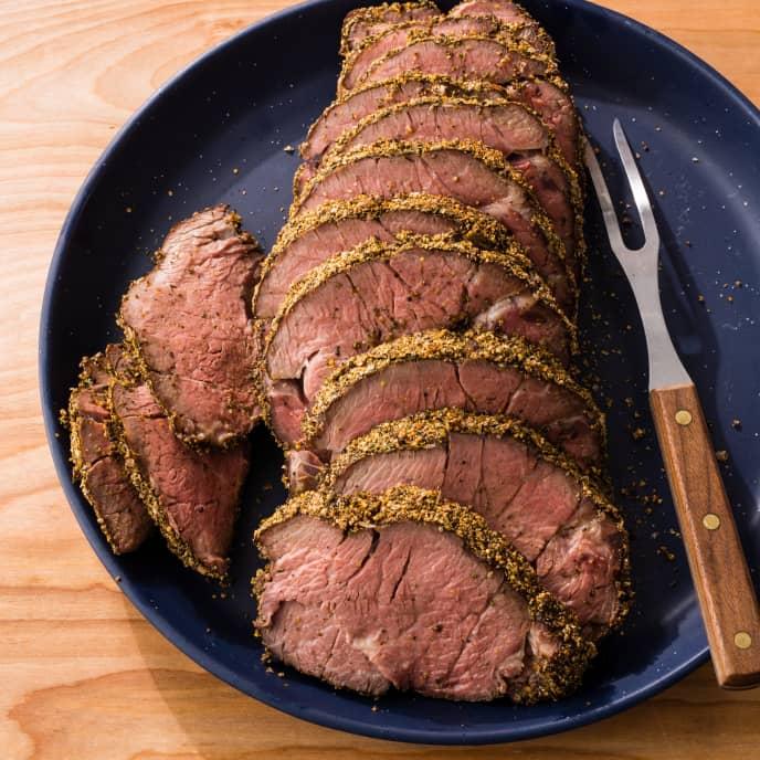 Sous Vide Peppercorn-Crusted Roast Beef