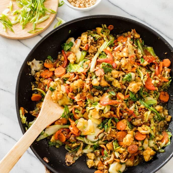 Vegetable Stir-Fry with Crispy Tofu