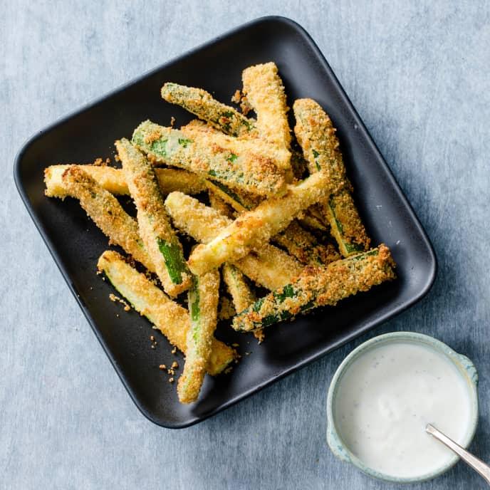 Air-Fryer Zucchini Fries