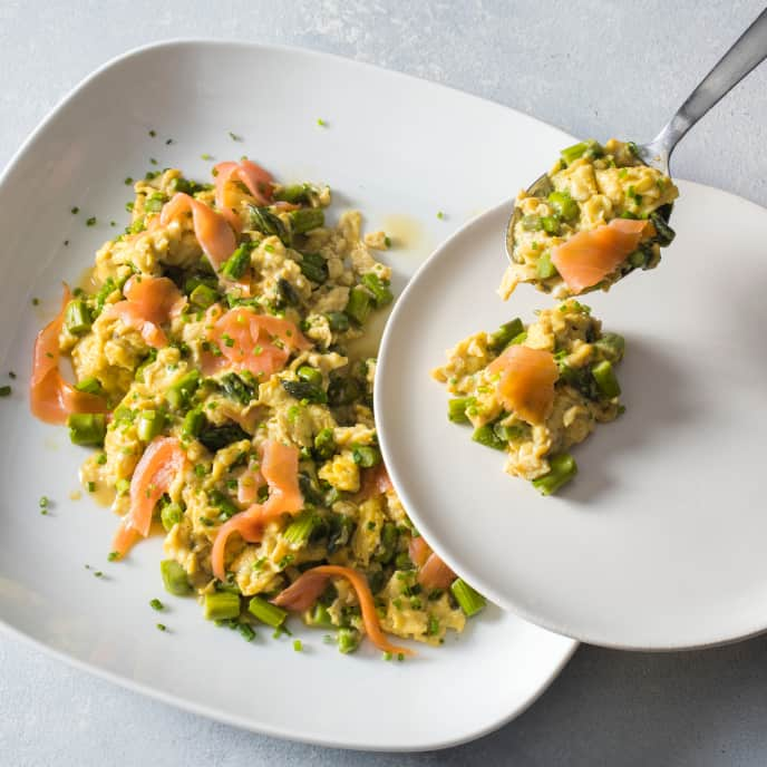 Scrambled Eggs with Asparagus, Smoked Salmon, and Chives