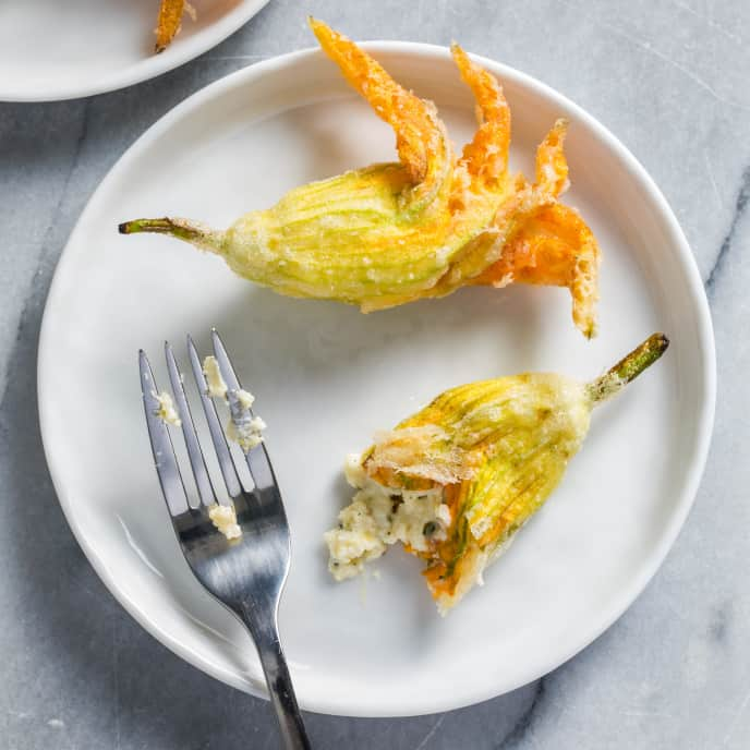 Fried Cheese-Stuffed Zucchini Blossoms