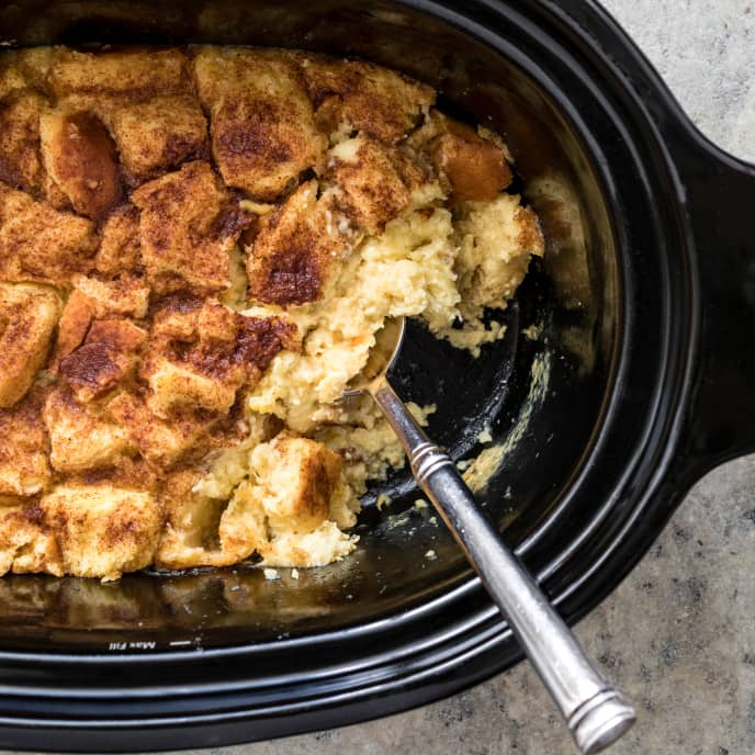 Slow-Cooker Classic Bread Pudding