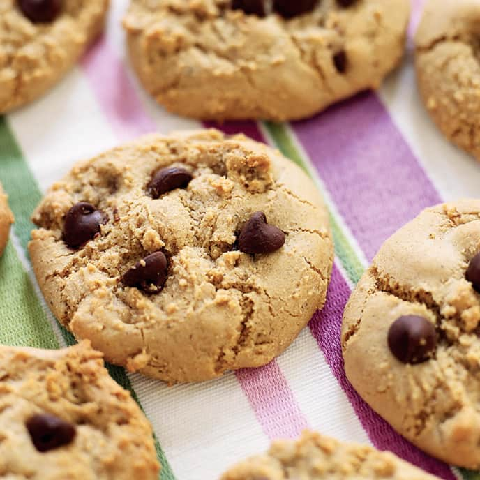 Big and Chewy Low-Fat Chocolate Chip Cookies