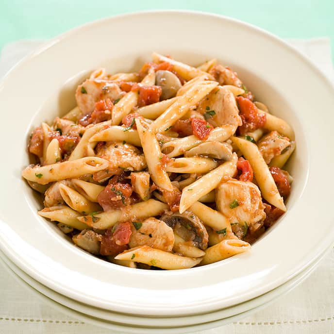 Pasta with Chicken Cacciatore Sauce