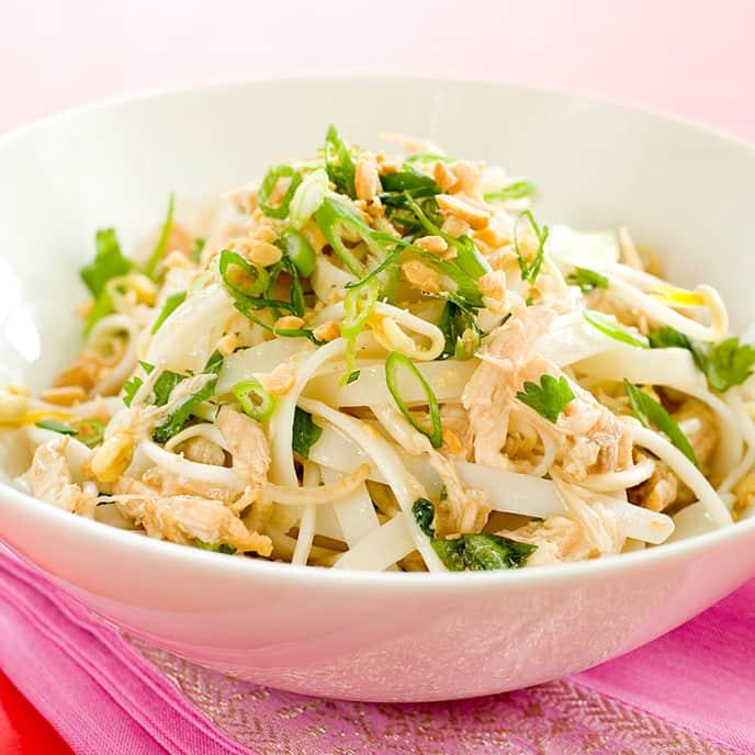 30-Minute Chicken Pad Thai