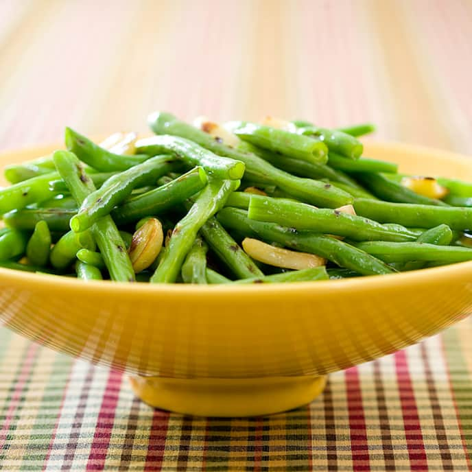 Roasted-Garlic Green Beans