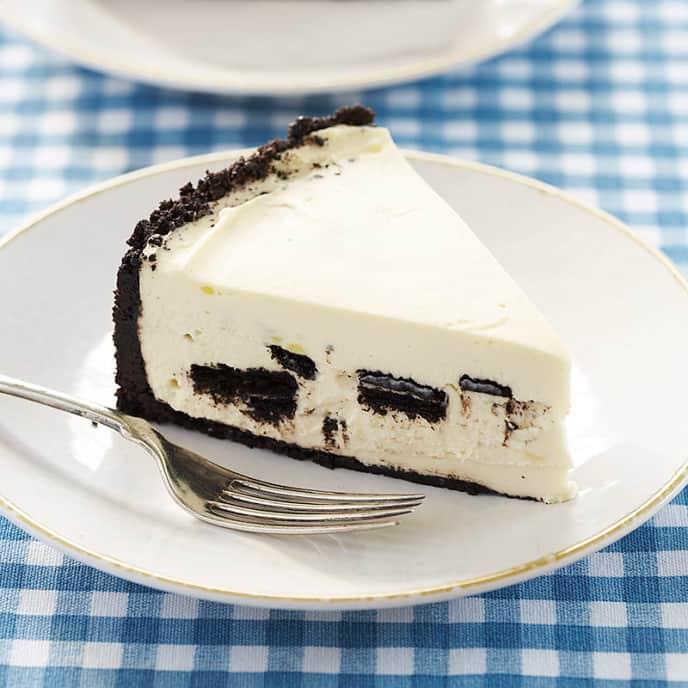Icebox Oreo Cheesecake