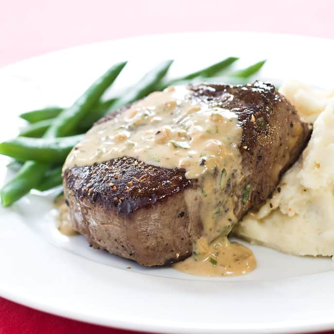 Filet Mignon with Peppercorn Cream