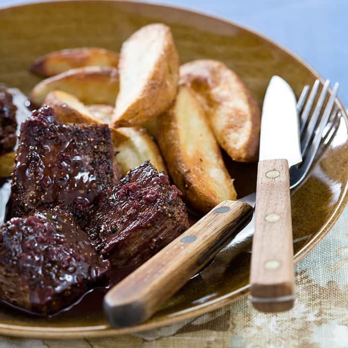 Steak Tips au Poivre