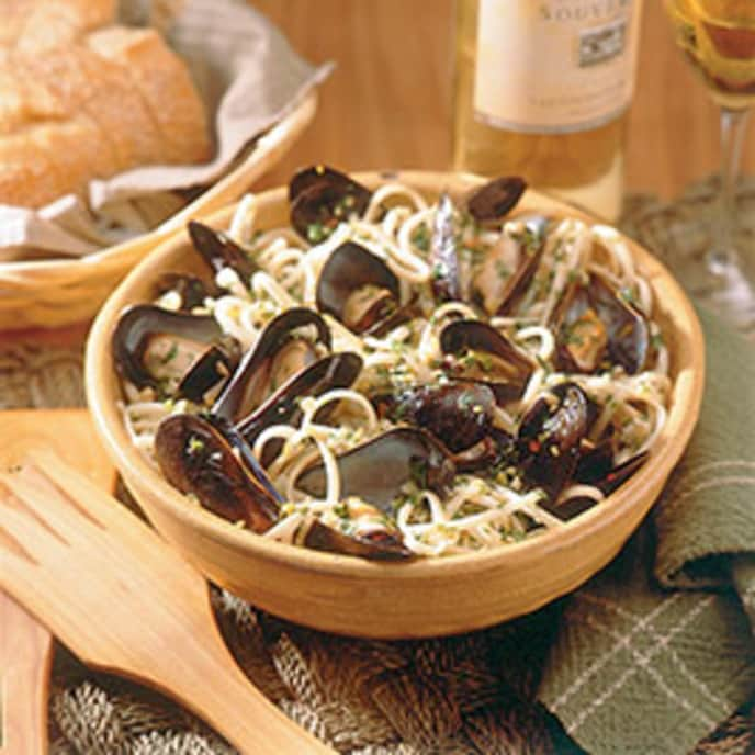 Linguine with Mussels and Fennel
