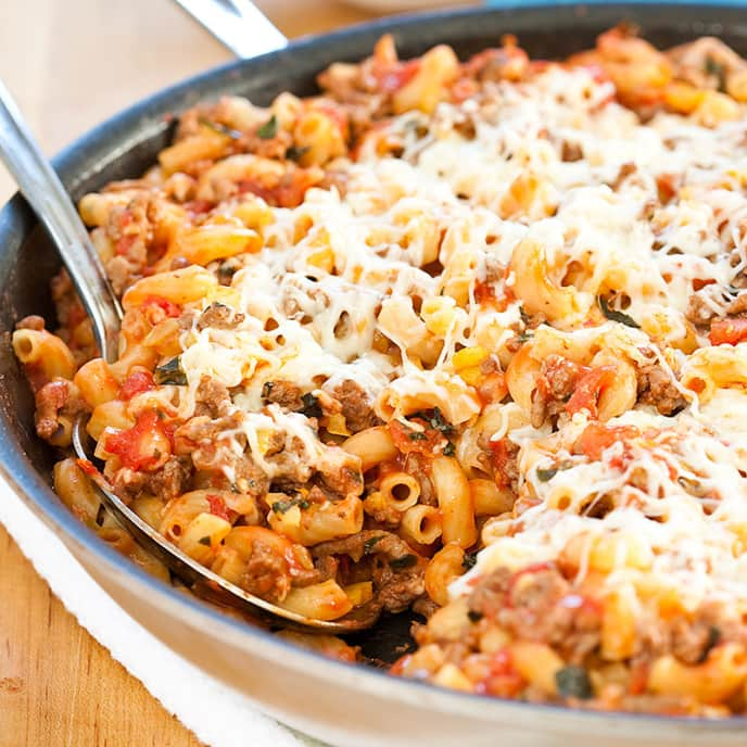 Skillet Macaroni with Zesty Meat Sauce