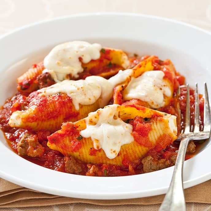 Reduced-Fat Stuffed Shells With Meat Sauce